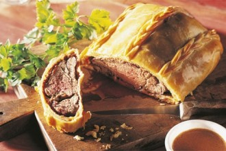 beef tenderloin in puff pastry
