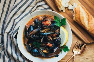Mussels in a Tomato Wine Sauce with Capers