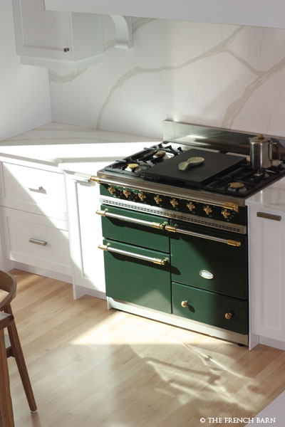 Aerial view of Dark Green stove