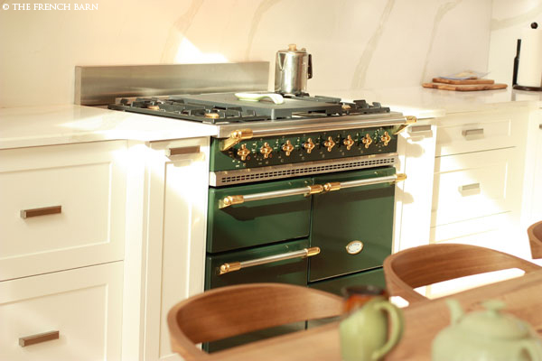 Dark Green Chagny range with Brass knobs